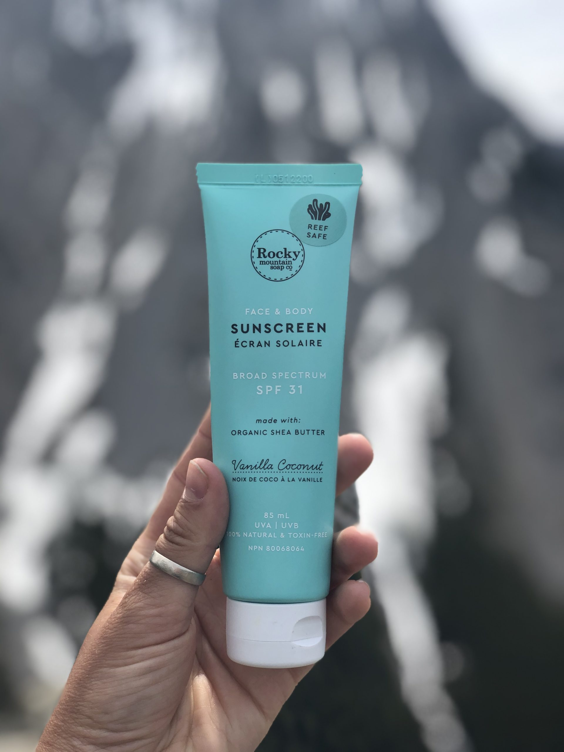 day-hiking-in-the-canadian-rockies-rocky-mountain-soap-co-sunscreen-playfair-wild